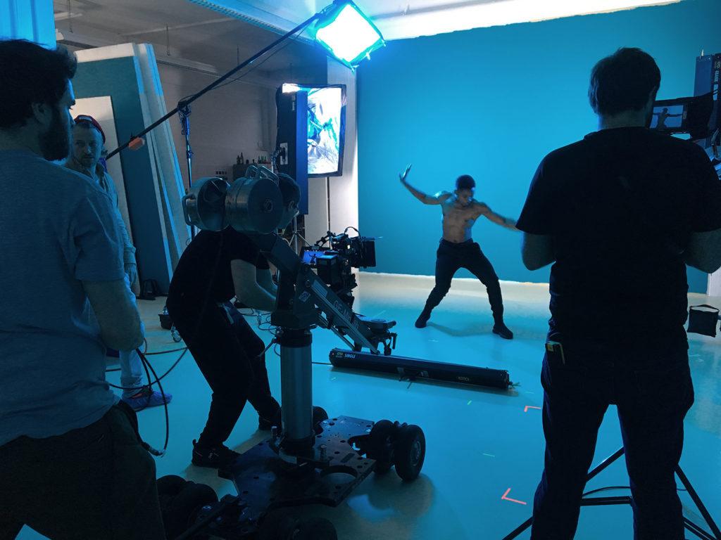 Sandro on set of Cyan...